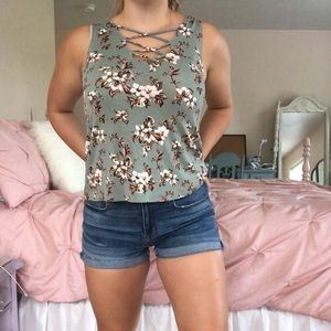 American Eagle Floral Tank Top!